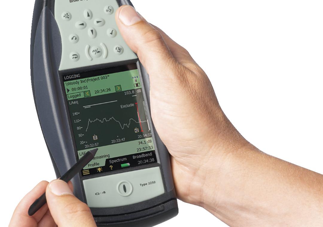 Hand operating calibrating device