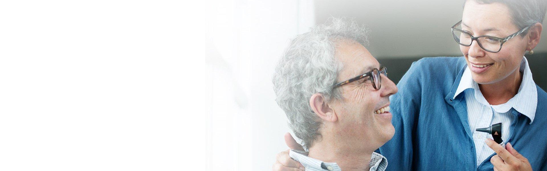 客と聴覚ケアの専門家